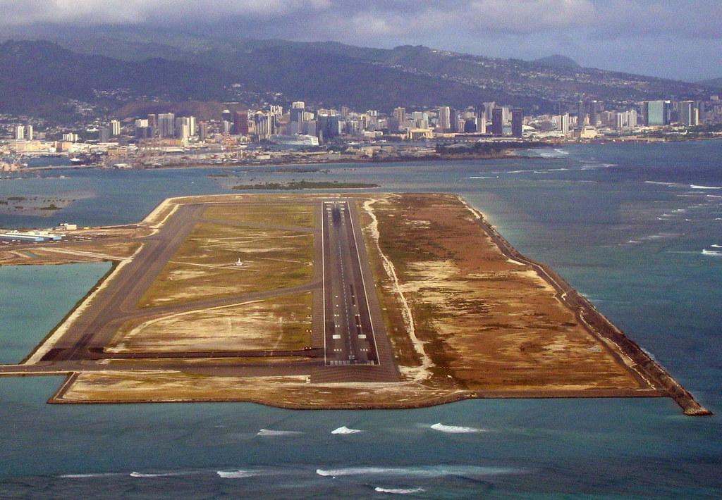 Honolulu HNL Runway 8R  Honolulu International Airport