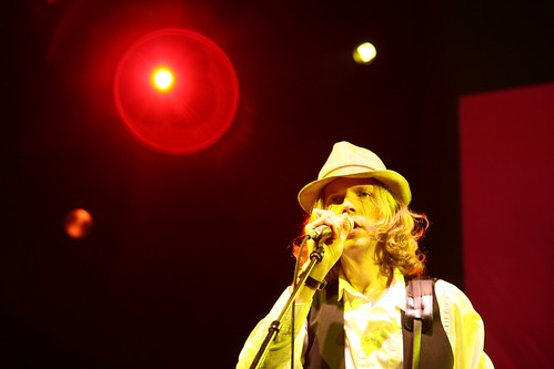 Beck at Yahoo! Hack Day | by Scott Beale