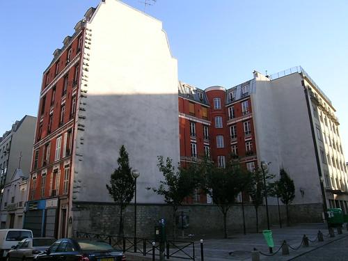 rue de la fontaine au roi paris france pa 384 30. Black Bedroom Furniture Sets. Home Design Ideas