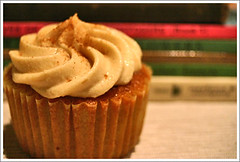 cupcakes with a reading list | by shimelle