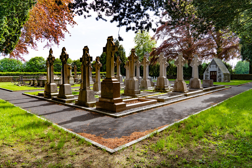 ST. PATRICK'S COLLEGE CEMETERY IN MAYNOOTH  003