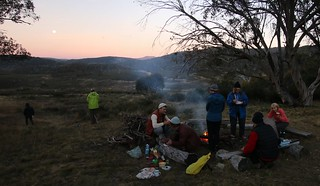 campfire at wheelers hut | by Murray Valley Bushwalkers