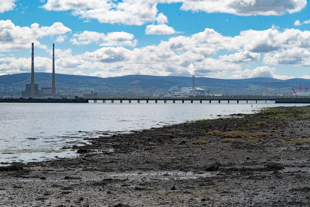 THE POOLBEG STACKS AS SEEN FROM CLONTARF 005