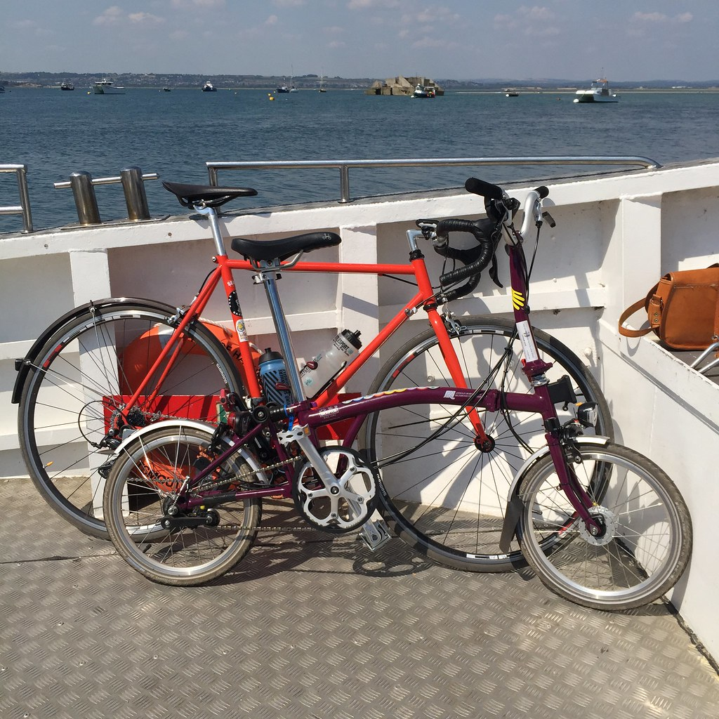 brompton-bike-hire-cycling-ladyvelo-hayling-island-ferry