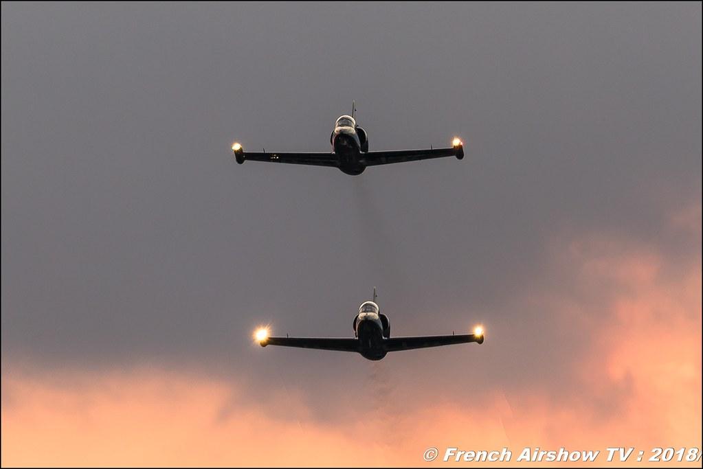 Patrouille Sparflex Sunset L39 Albatross LX-MIK & LX-STN - Fly & Fun , AéroLac Annecy 2018 , Canon EOS , Sigma France , contemporary lens , Meeting Aerien 2018