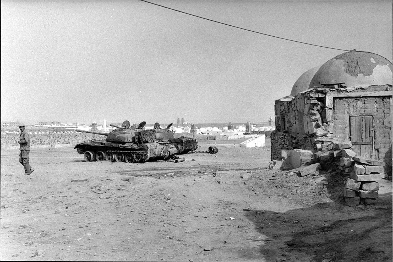 Le conflit armé du sahara marocain - Page 10 43393056211_0426ecae3c_o