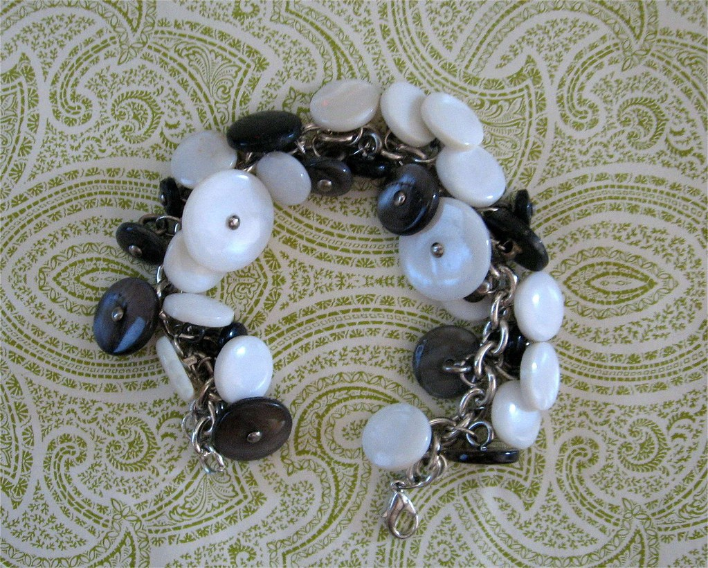 Shank button bracelet craft store bracelet chain jump for Buttons with shanks for jewelry