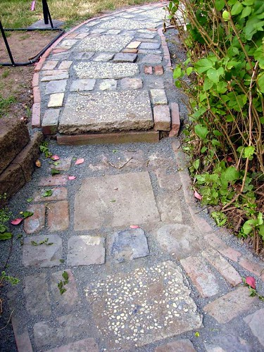 Urbanite and Cobble Mixed Path | by pete@eastbaywilds.com