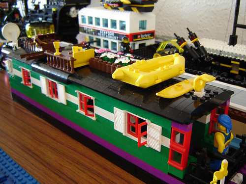 Scotfest 2006 lego houseboat theresa made this for Lego house original