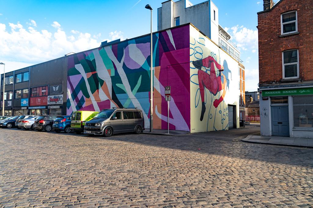 DUBLIN STREET ART IN SMITHFIELD [BURGESS LANE - HAYMARKET] 001