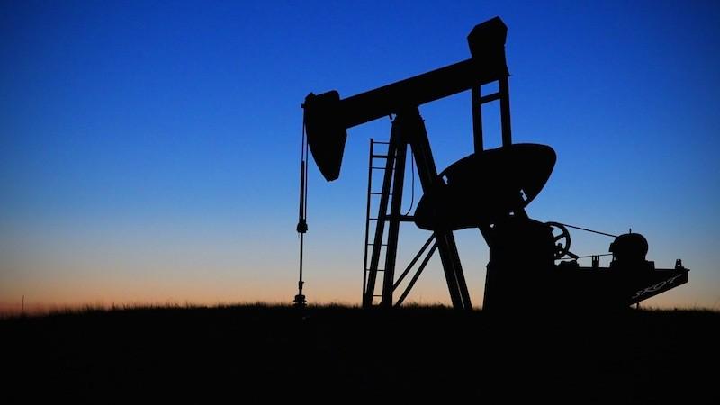 擺脫對石化燃料的補貼。圖片來源:Commons。