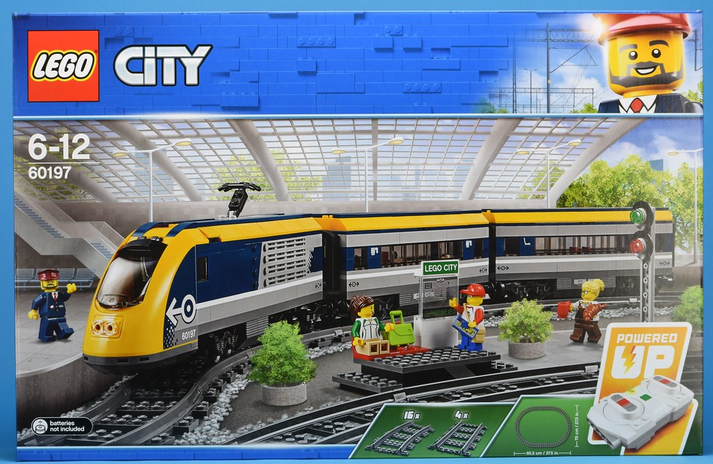 Review 60197 Passenger Train Brickset Lego Set Guide And Database