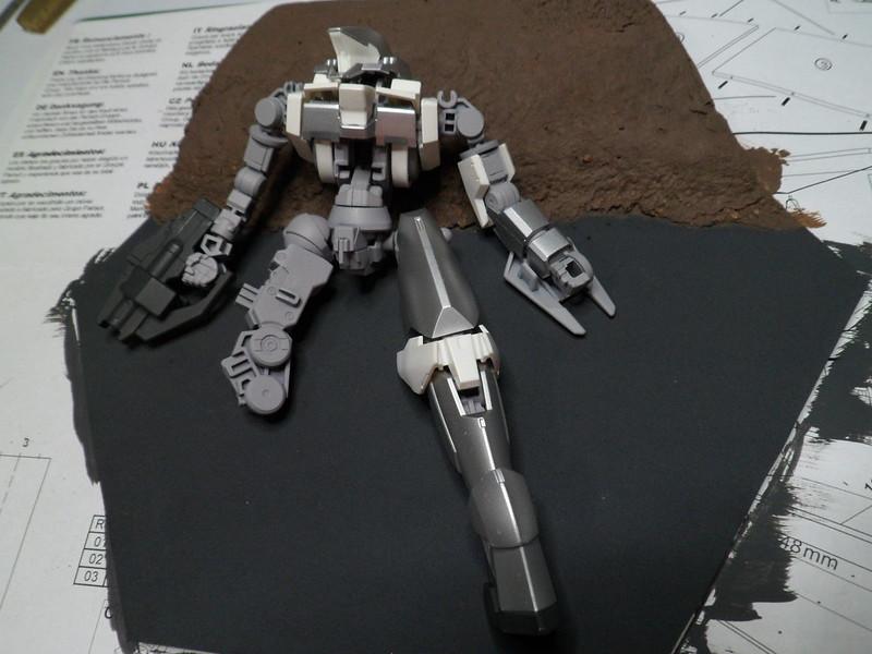 Défi moins de kits en cours : Diorama figurine Reginlaze [Bandai 1/144] *** Nouveau dio terminée en pg 5 - Page 2 28731126827_bdbd3e8b87_c
