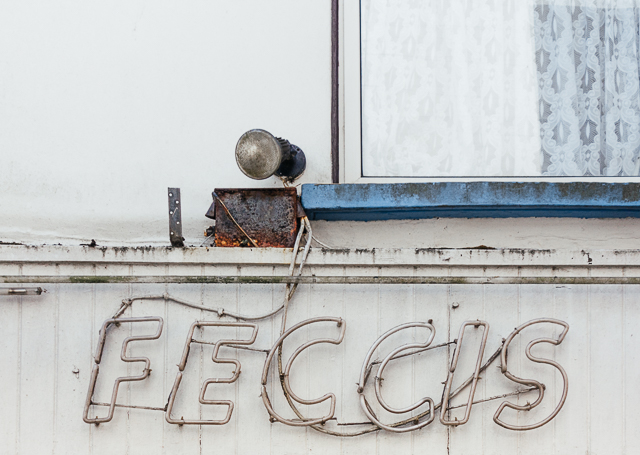 feccis ice cream sign in tenby