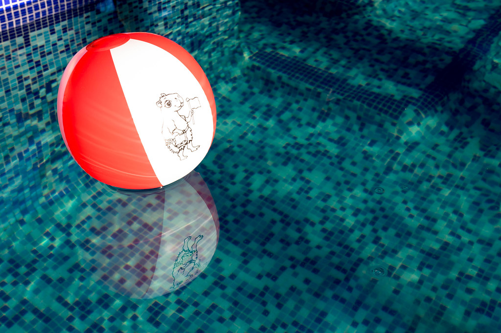 Beach Ball In Pool In Red And White Beach Ball In Pool By Wuestenigel Stock Photos Fotosu2026 Flickr