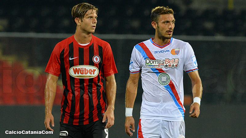 Blondett in azione contro il Foggia nel match di Coppa Italia