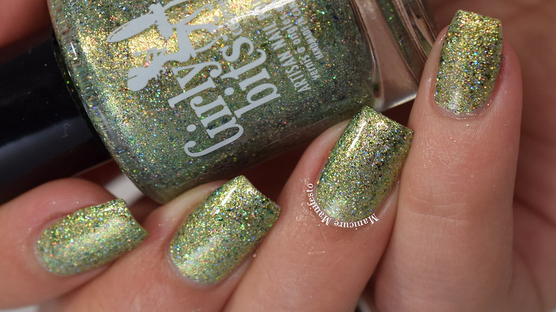 Girly Bits Underwater Secrets