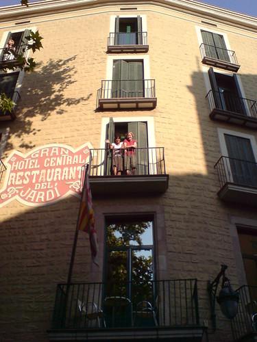 Hotel el jardi in the barric gotti barcelona heather for Hotel jardi barcelona