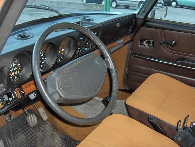 Interieur Saab 99 GL 1977 | tres clean , n est ce pas ? | Flickr