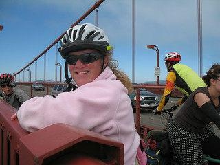 Sara & Ian on the Golden Gate Bridge | by Richard Masoner / Cyclelicious