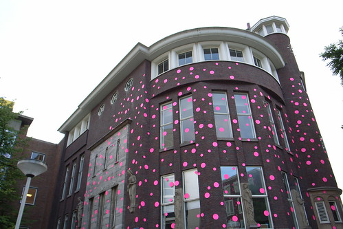 pink dots on Witte de With | by milov