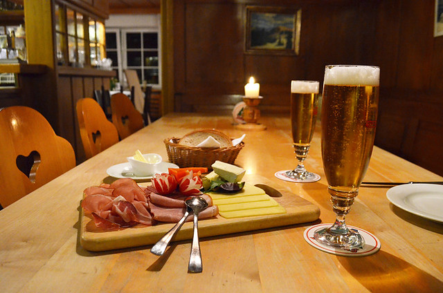 A German ploughman's dinner
