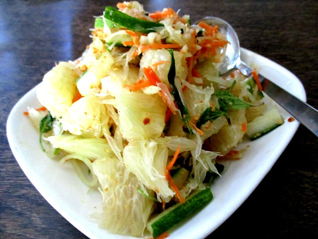 Payung pomelo salad