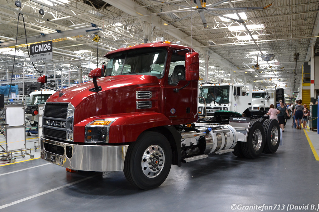 2018 Mack An42t Daycab Tractor Trucks Buses Amp Trains