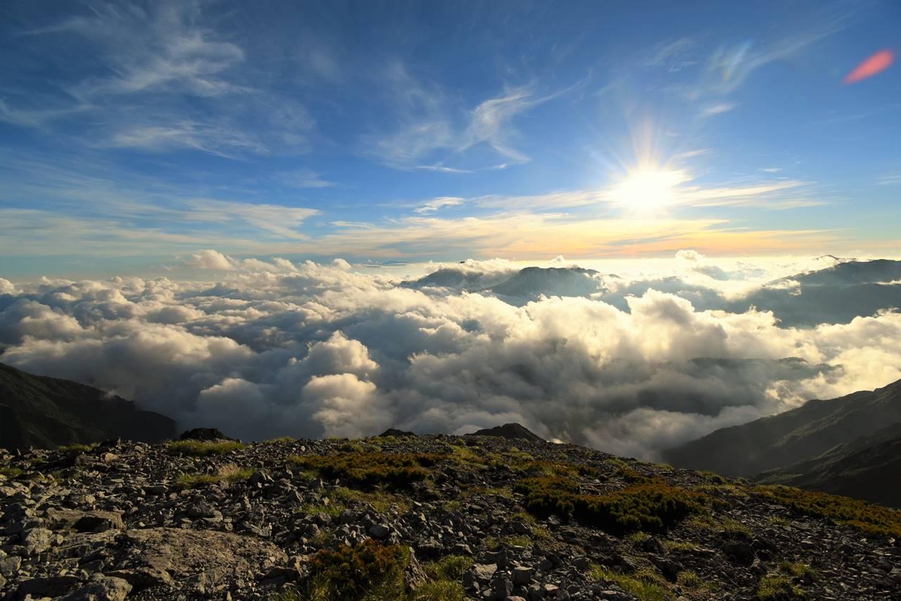 南岳から眺める雲海