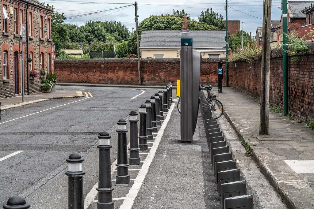DUBLIN BIKES DOCKING STATION NUMBER 108  AVONDALE ROAD 003