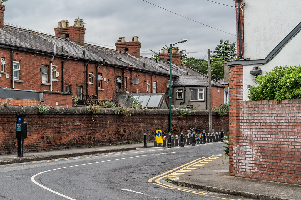 DUBLIN BIKES DOCKING STATION NUMBER 108  AVONDALE ROAD 005
