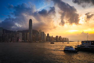 Victoria harbour at sunset, Hong Kong skyline | by Patrick Foto ;)