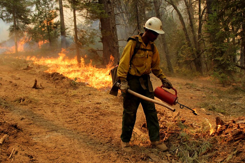 Ferguson Fire 2018   Full suppression firefighting operation…   Flickr