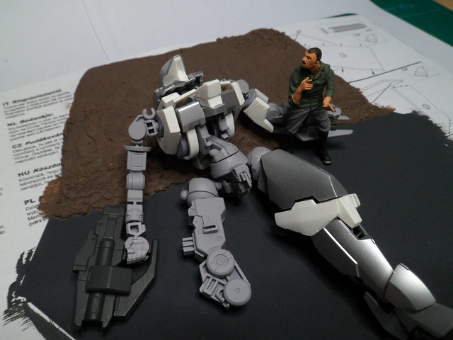 Défi moins de kits en cours : Diorama figurine Reginlaze [Bandai 1/144] *** Nouveau dio terminée en pg 5 - Page 2 29790009348_2f0da60f04_z