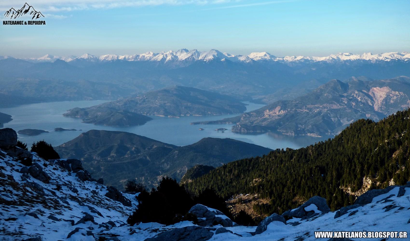 ανω αγιος βλασιος παρακαμπυλιων αιτωλοακαρνανιας φυσικο τοπιο θέα λιμνη κρεμαστων αγραφα βουνα
