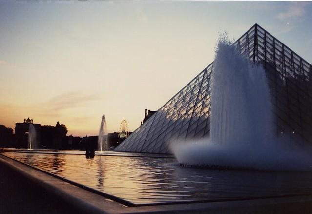 法國‧巴黎羅浮宮廣場