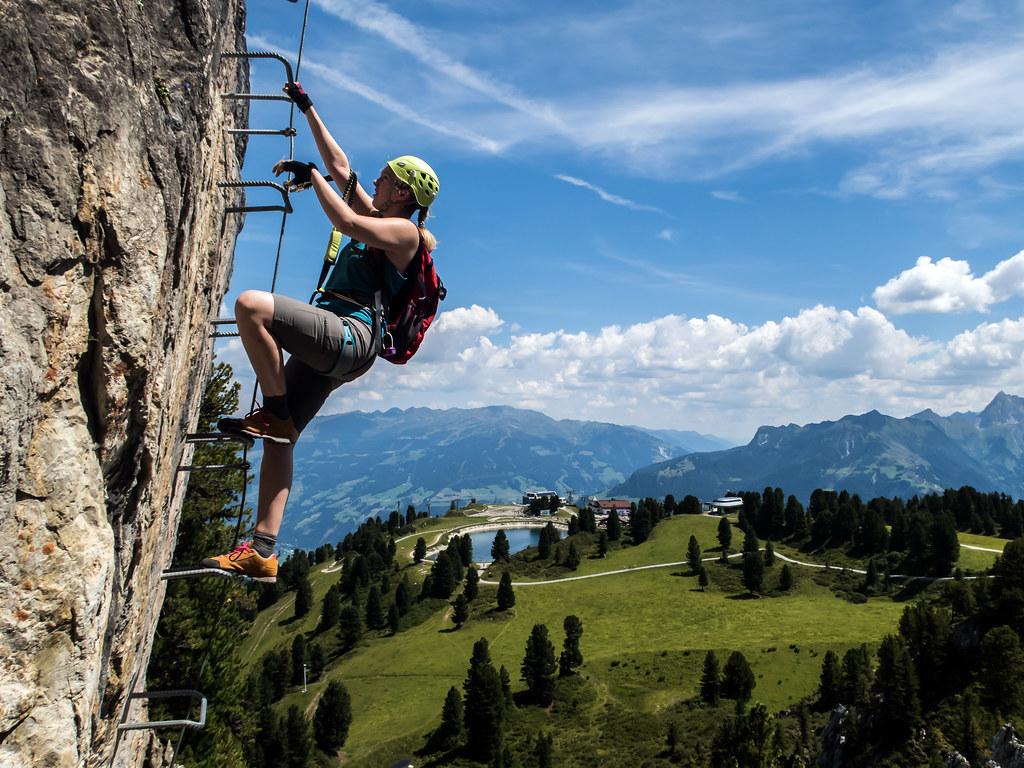 Klettersteig Mayrhofen : Via ferrata above mayrhofen steinbock klettersteig flickr
