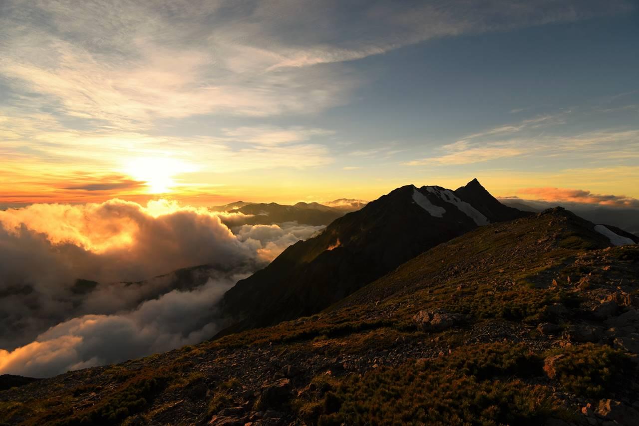 夕陽と槍ヶ岳