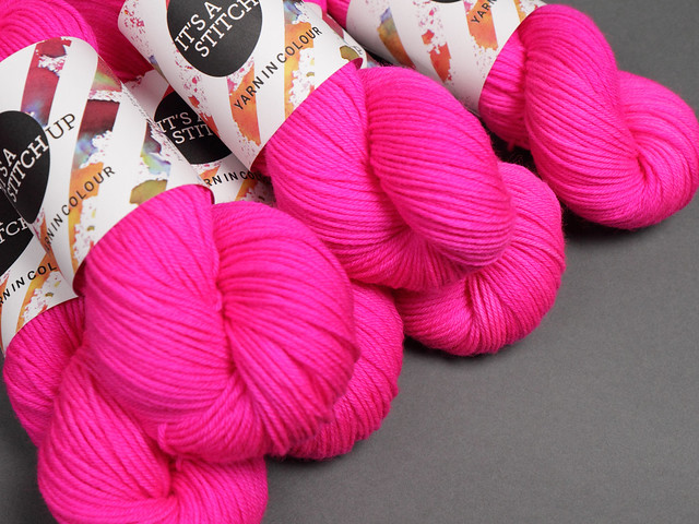 Dynamite DK hand-dyed superwash British pure wool yarn 100g – 'Be Safe, Be Seen' (neon pink)