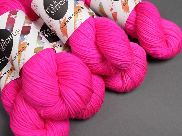 Dynamite DK hand-dyed superwash British pure wool yarn 100g – 'Be Safe, Be Seen' (neon pink)