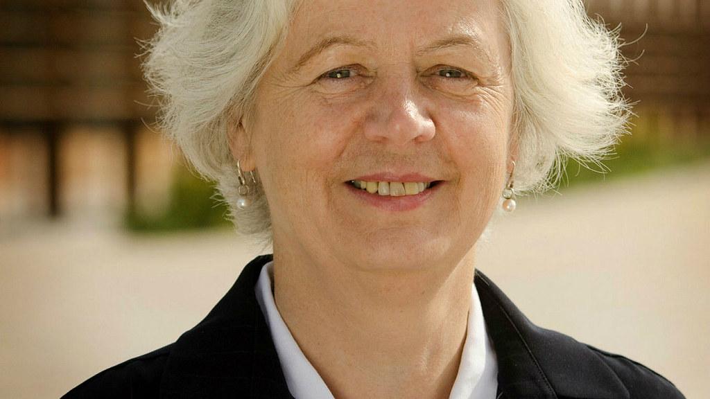 Professor Jane Millar