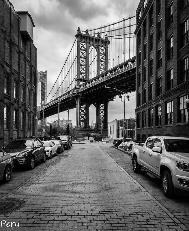 """04.- """"Puente de Manhattan"""" - Perurena"""