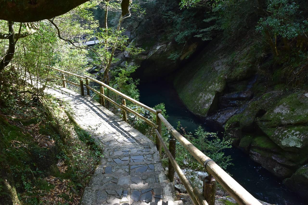 白谷雲水峡歩道
