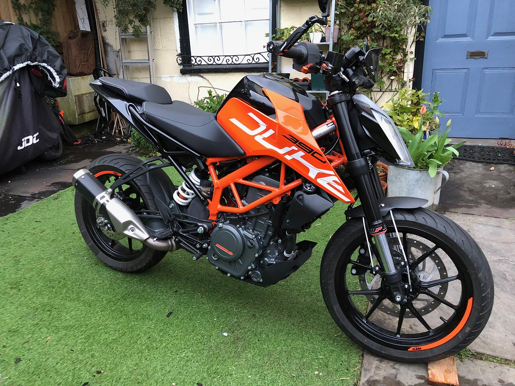 Ktm duke 390 2017 black orange by gordyhand