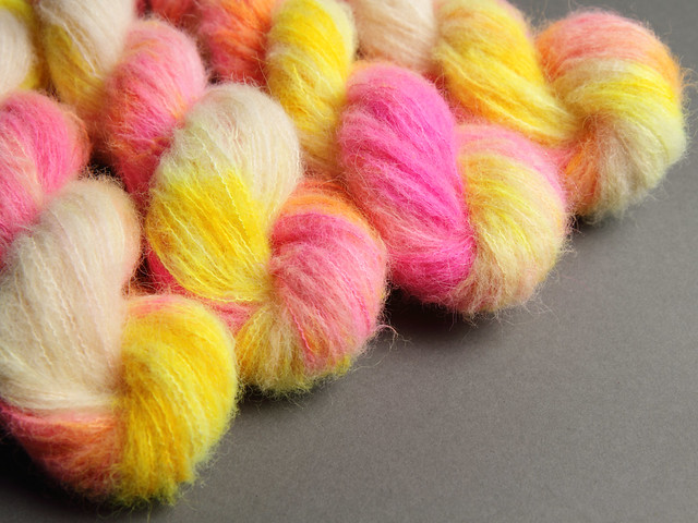 Fuzzy Lace – Brushed Baby Alpaca and Silk hand dyed yarn 25g – 'Sunset Beach'