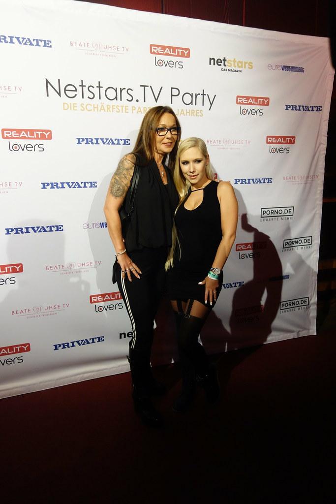 Netstars Awards 2017 | Lena Nitro & Saskia Farell | Alf