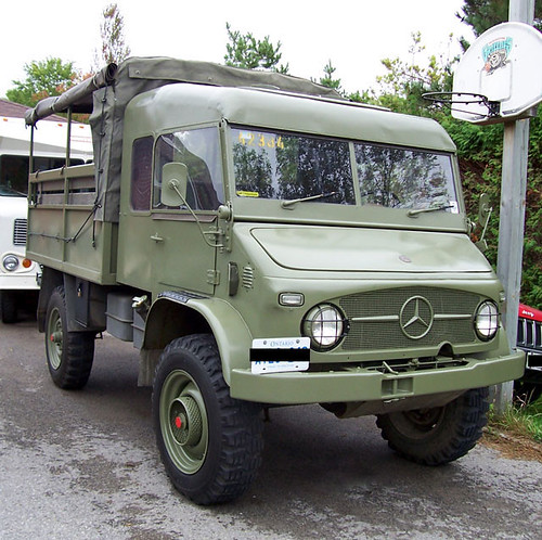 1963 Mercedes Benz Unimog 404s - front shot | This is a shot… | Flickr
