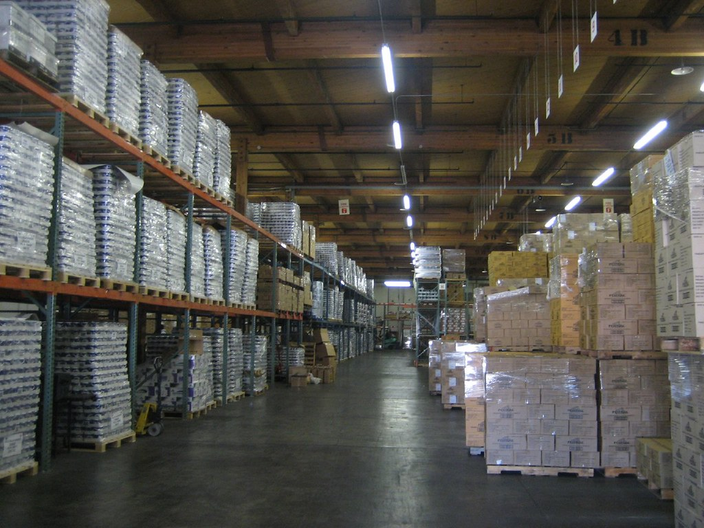 Food warehouse here 39 s where we sorted food for the food for Garden shed qatar