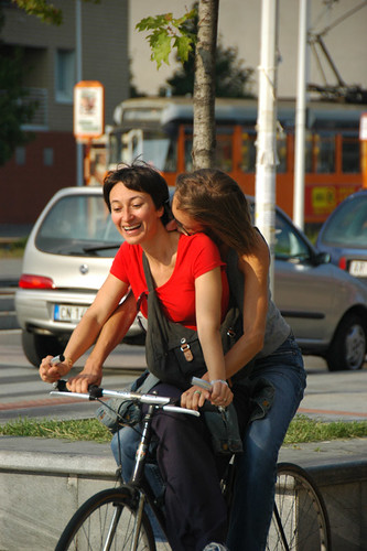 Kiss Bike Kiss | by echomrg
