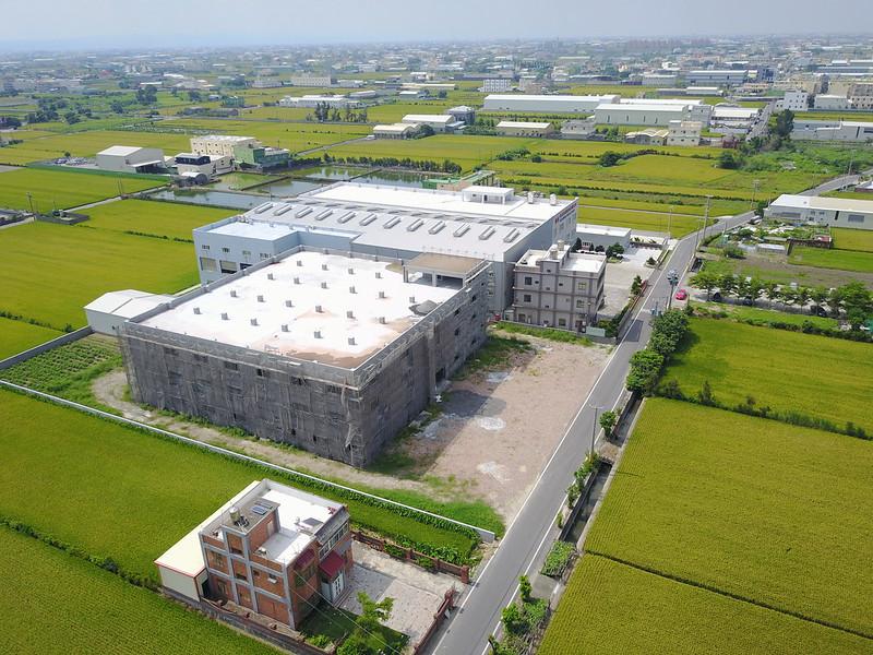 農地上的違章工廠